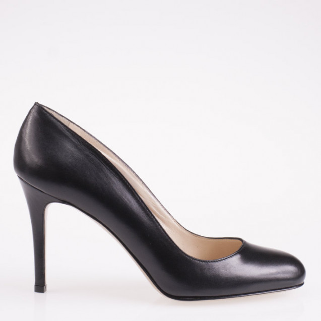 Black napa leather round toe pump