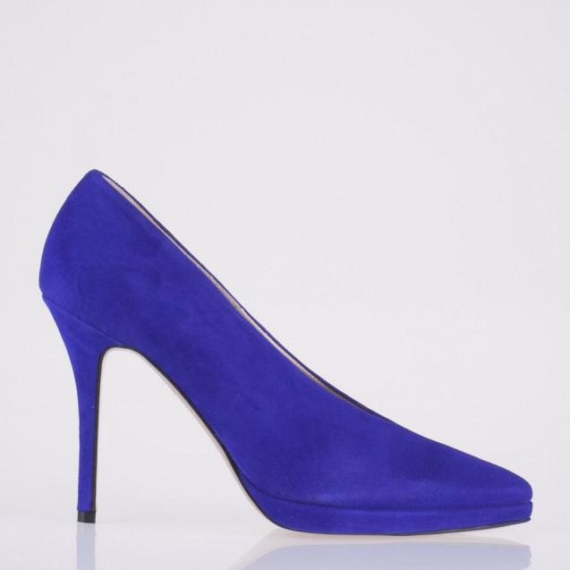 Pointy toe platform purple pump