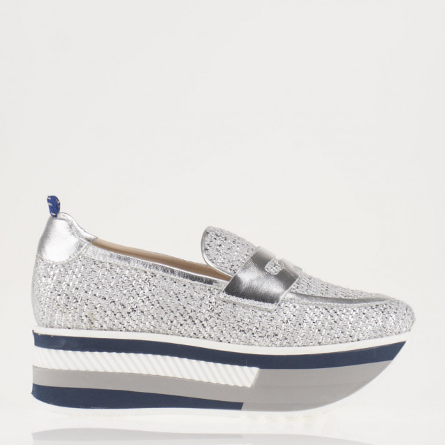 Silver flatorm loafer