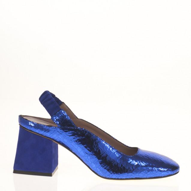 Suede shoes crystals embellished