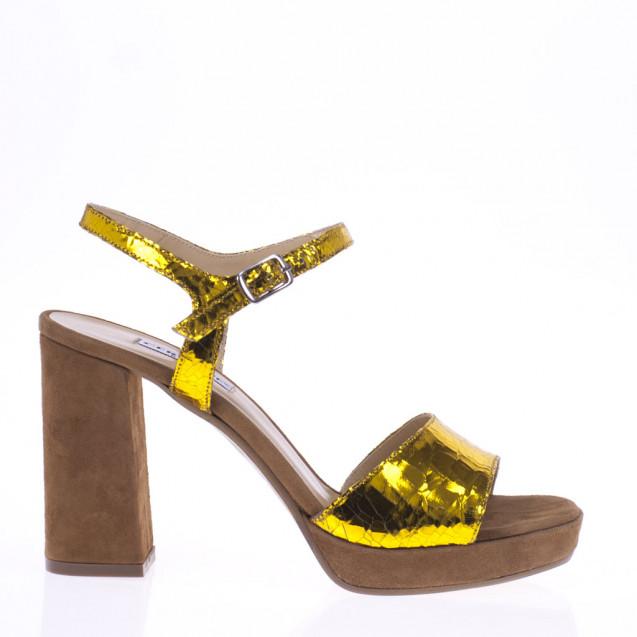 Sandalo giallo e cuoio