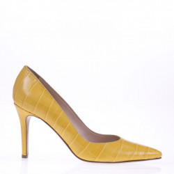 Yellow croco printed leather pump