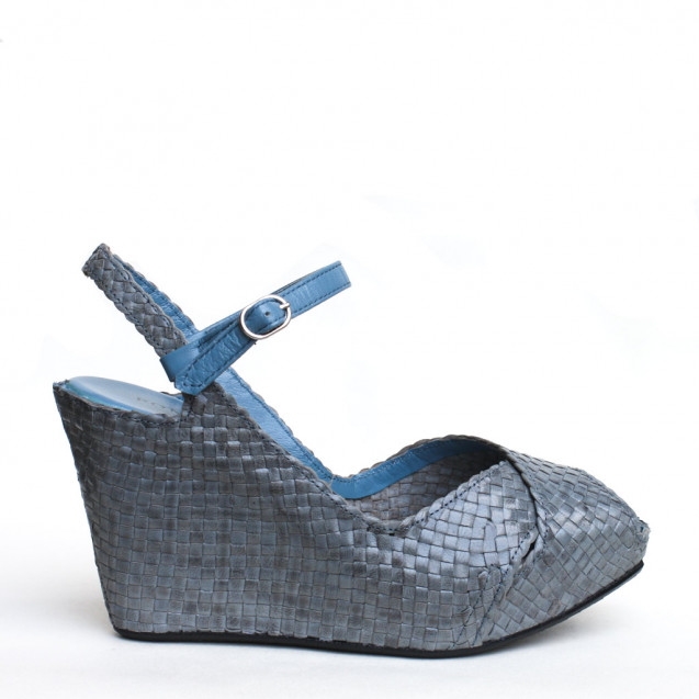 Fatima wedge in woven denim leather