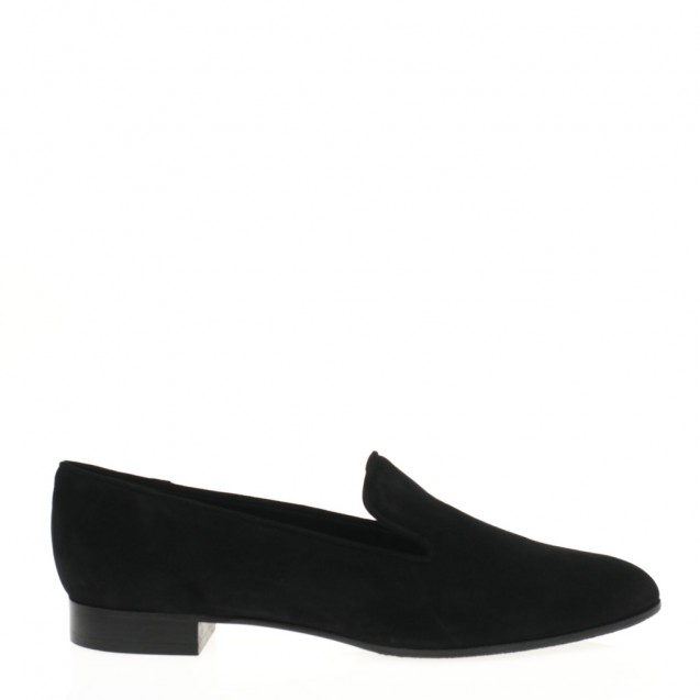 Black suede pointy toe slipper