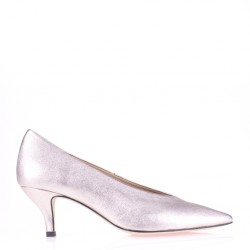 Pointy toe platinum low heel pump