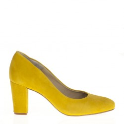 Yellow suede pump