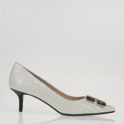 White croco leather buckle pump