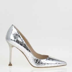 Silver leather pump