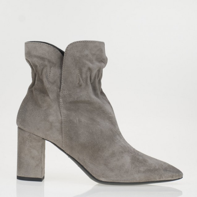 Sheila ankle boots