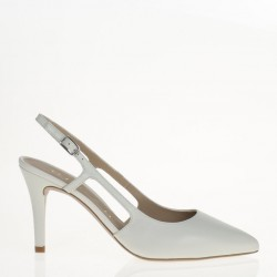 Pointy toe ivory leather slingback