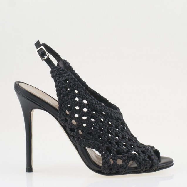 Braided black sandal