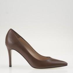 Brown poity toe pump