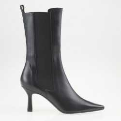 Black leather high chelsea boot