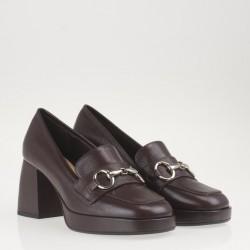 Platform brown loafer