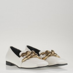 Golden chain ivory loafer