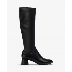 Stretch leather black boot