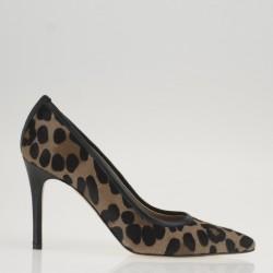 Leopard poity toe pump